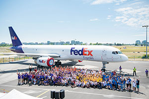 All plane pull participants